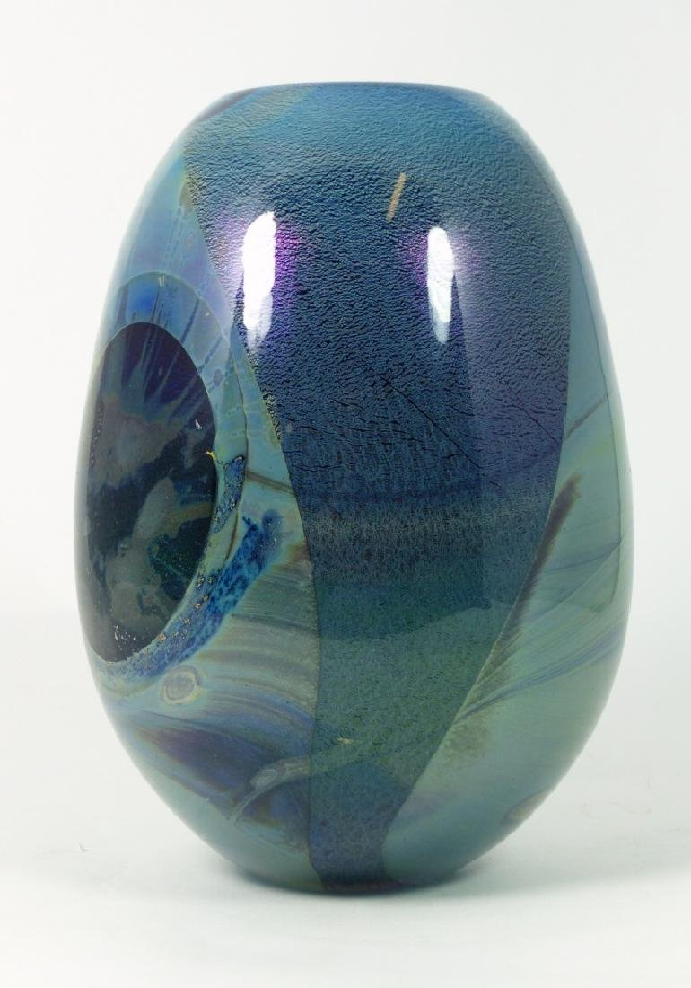 ROBERT EICKHOLT IRIDESCENT STUDIO ART GLASS VASE - 4