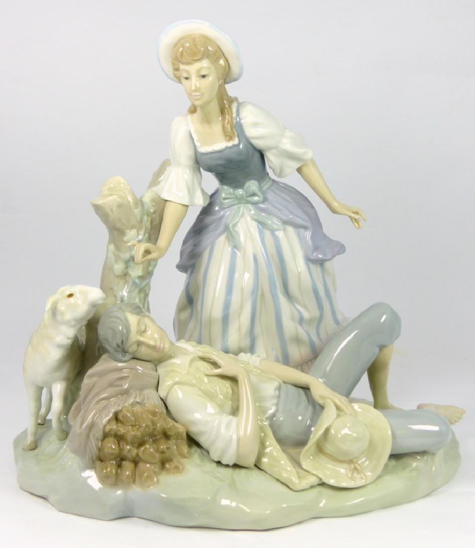 LLADRO 'REST IN COUNTRY' PORCELAIN FIGURINE