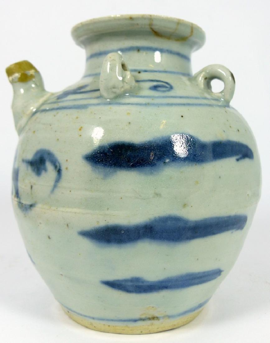 CHINESE MING STYLE BLUE & WHITE PORCELAIN VASE - 3