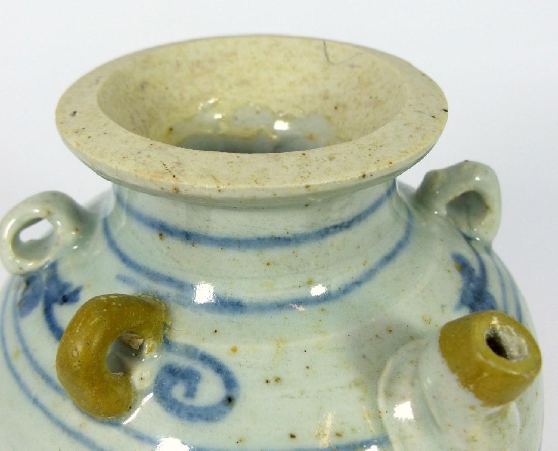 CHINESE MING STYLE BLUE & WHITE PORCELAIN VASE - 8