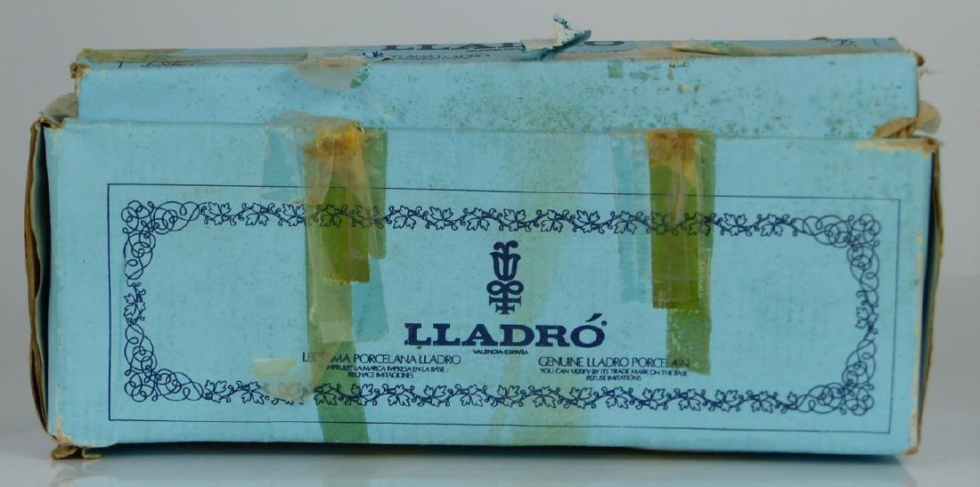 LLADRO 'BOY YAWNING' PORCELAIN FIGURINE w BOX - 7