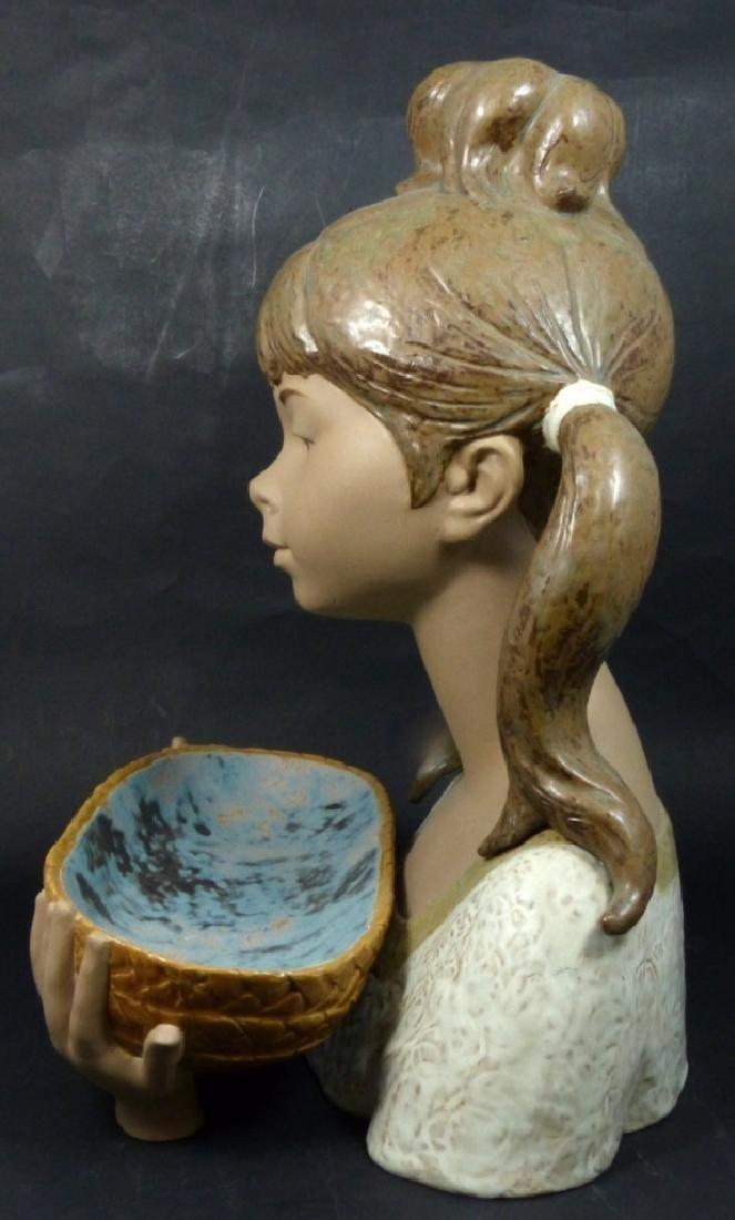 LLADRO 'GARDENER GIRL' GRES PORCELAIN FIGURINE - 5