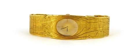 OMEGA 18kt YELLOW GOLD VINTAGE LADIES WRISTWATCH