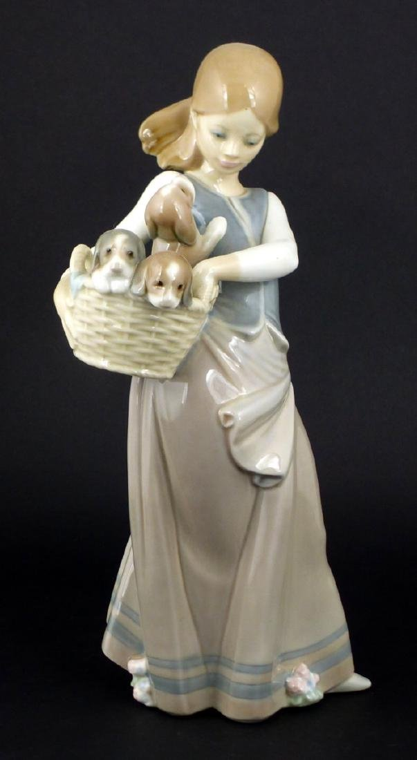 LLADRO 'GIRL WITH PUPPIES' PORCELAIN FIGURINE - 2