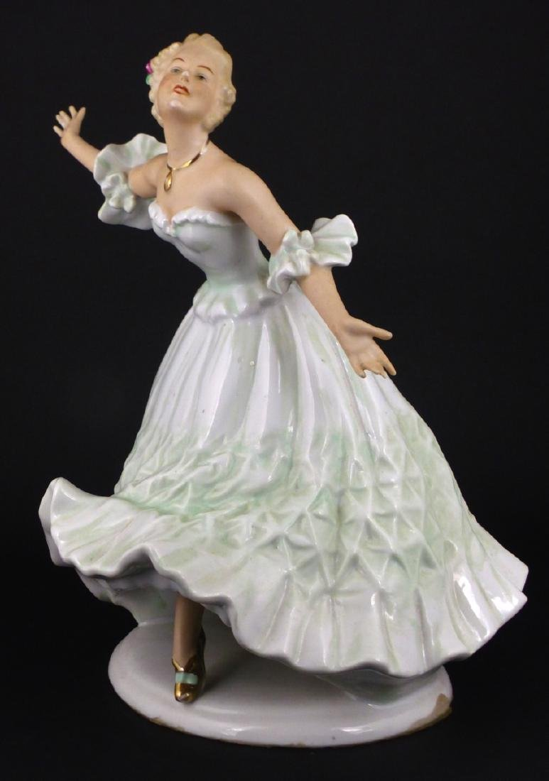 WALLENDORF WOMAN DANCING PORCELAIN FIGURINE