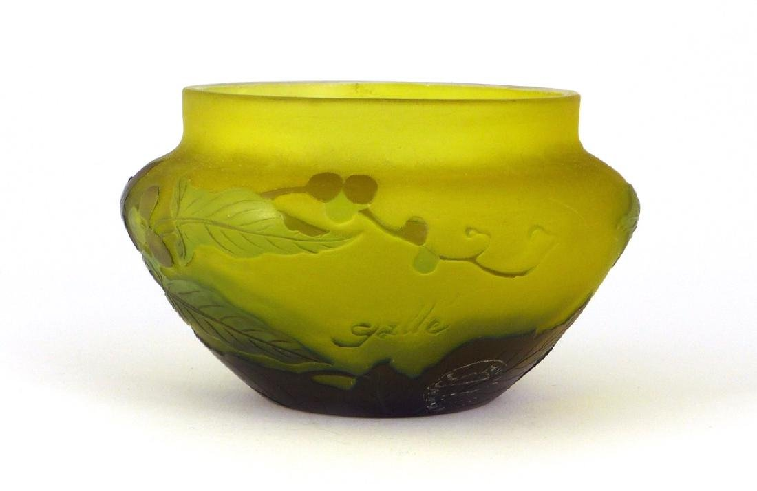 GALLE FRENCH CAMEO ART GLASS BOWL