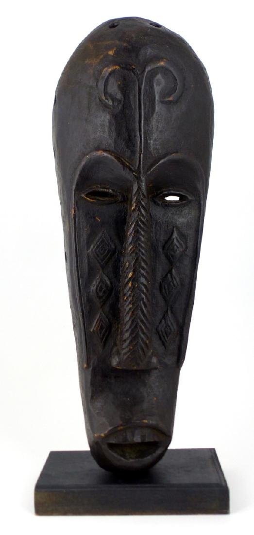 AFRICAN TRIBAL CARVED WOODEN MASK