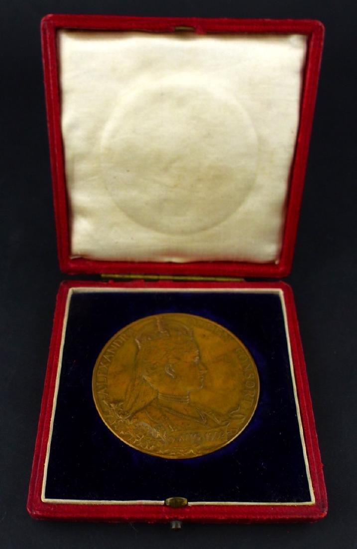 EDWARD VII CORONATION 1902 OFFICIAL BRONZE MEDAL