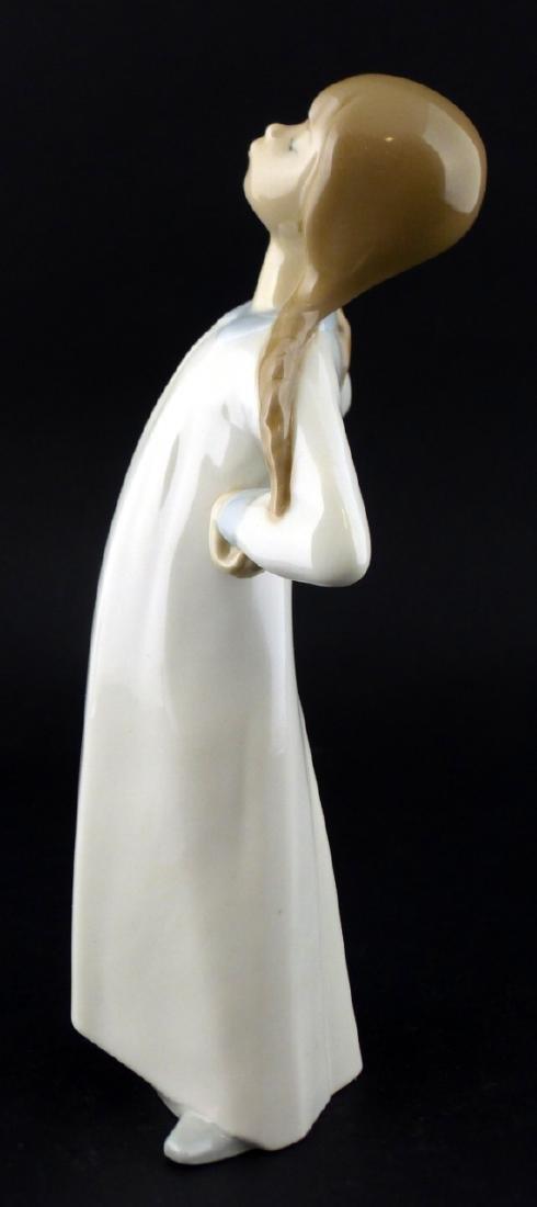 LLADRO 'GIRL STRETCHING' PORCELAIN FIGURINE - 4