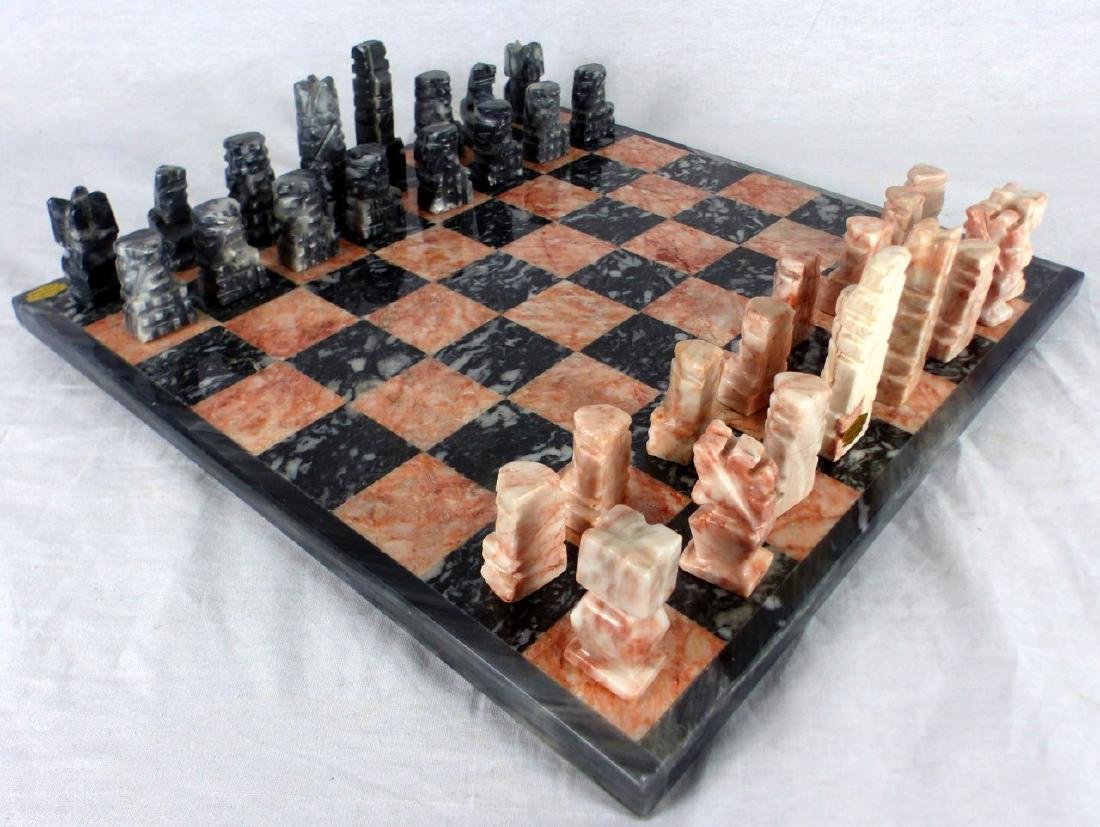 MEXICAN HAND CARVED ONYX CHESS SET