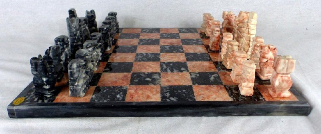 MEXICAN HAND CARVED ONYX CHESS SET - 2