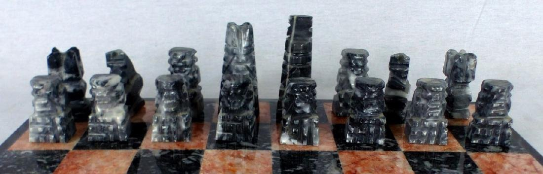 MEXICAN HAND CARVED ONYX CHESS SET - 4