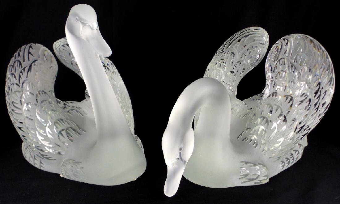 PR LALIQUE FROSTED CRYSTAL SWANS - 2