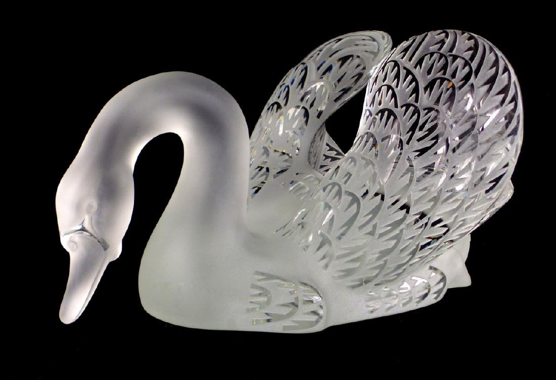 PR LALIQUE FROSTED CRYSTAL SWANS - 8