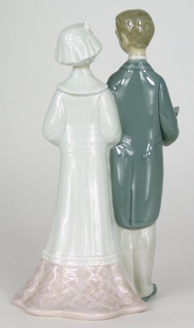 LLADRO 'WEDDING' PORCELAIN FIGURINE - 3