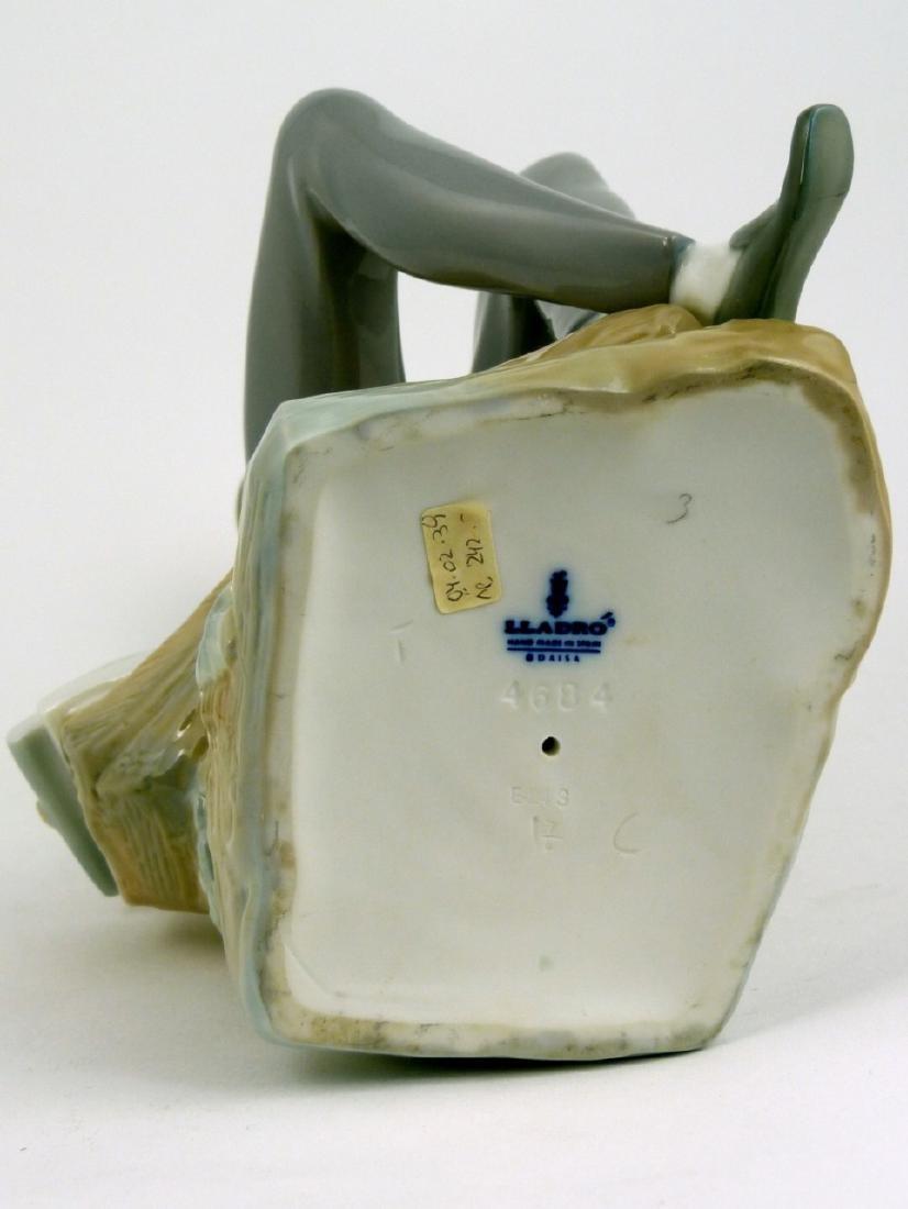 LLADRO 'HEBREW STUDENT' PORCELAIN FIGURINE w BOX - 5