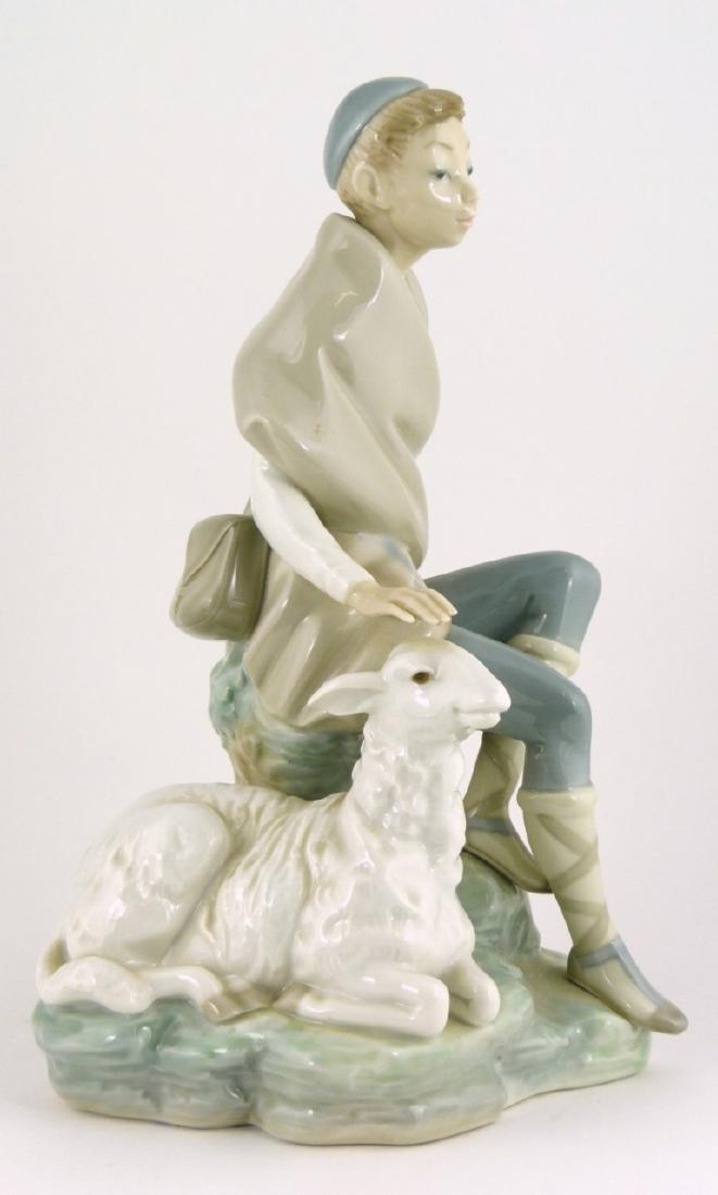 LLADRO 'SHEPHERD WITH GOAT' PORCELAIN FIGURINE - 2