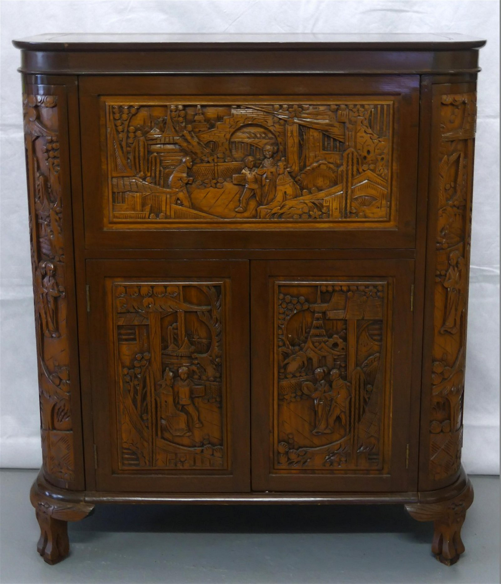 CHINESE CARVED ROSEWOOD CABINET BAR