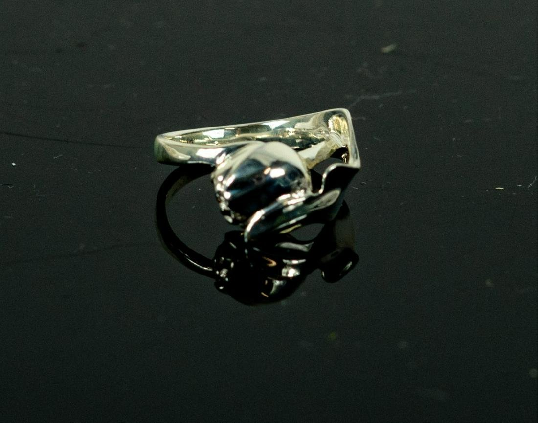 TIFFANY & CO STERLING SILVER TULIP RING