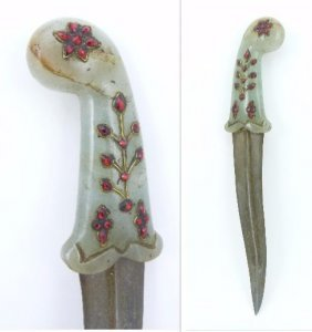 Mughal Dagger W Jeweled Russet Jade Handle