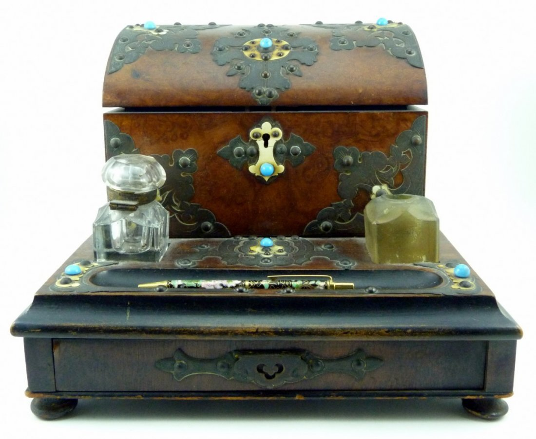 VICTORIAN MAHOGANY AND BRASS CLAD DESK INKWELL
