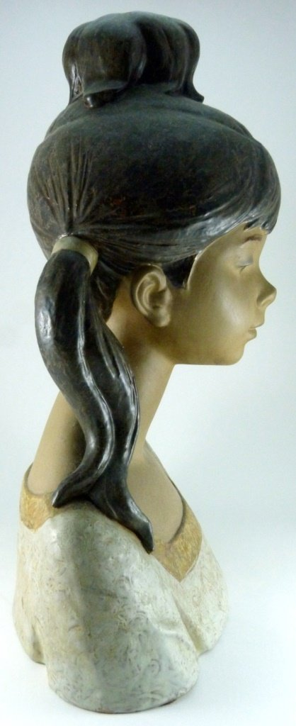 LARGE LLADRO PORCELAIN GRES BUST OF GIRL - 4