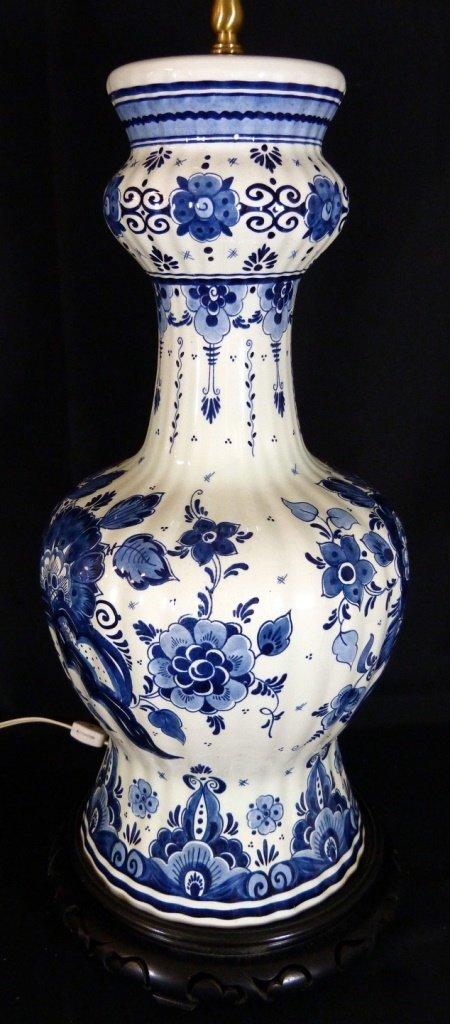 VINTAGE DELFT DUTCH BLUE & WHITE LAMP