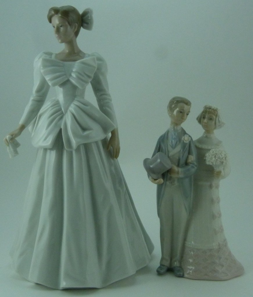 2pc LLADRO & NAO WEDDING PORCELAIN FIGURINES