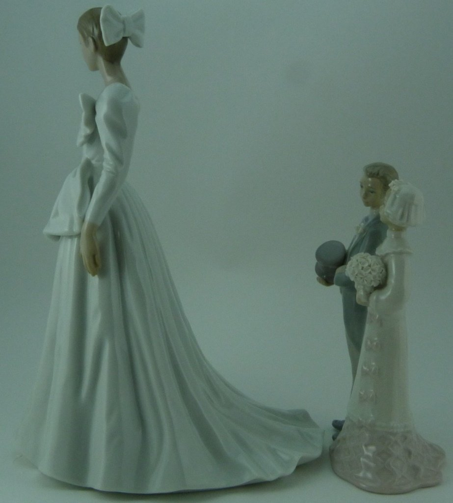 2pc LLADRO & NAO WEDDING PORCELAIN FIGURINES - 2