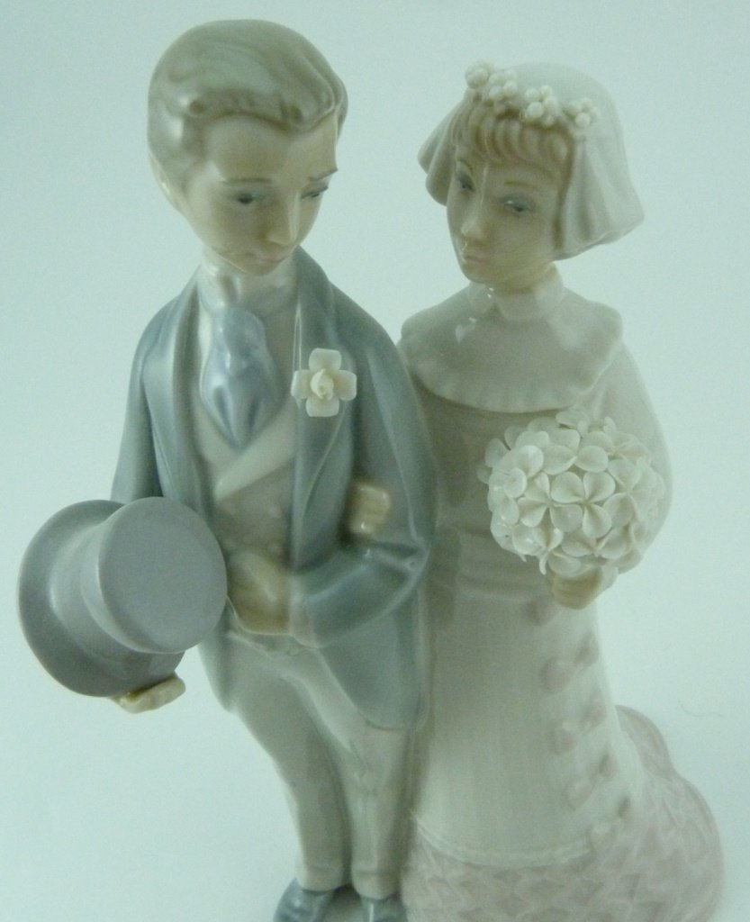 2pc LLADRO & NAO WEDDING PORCELAIN FIGURINES - 7