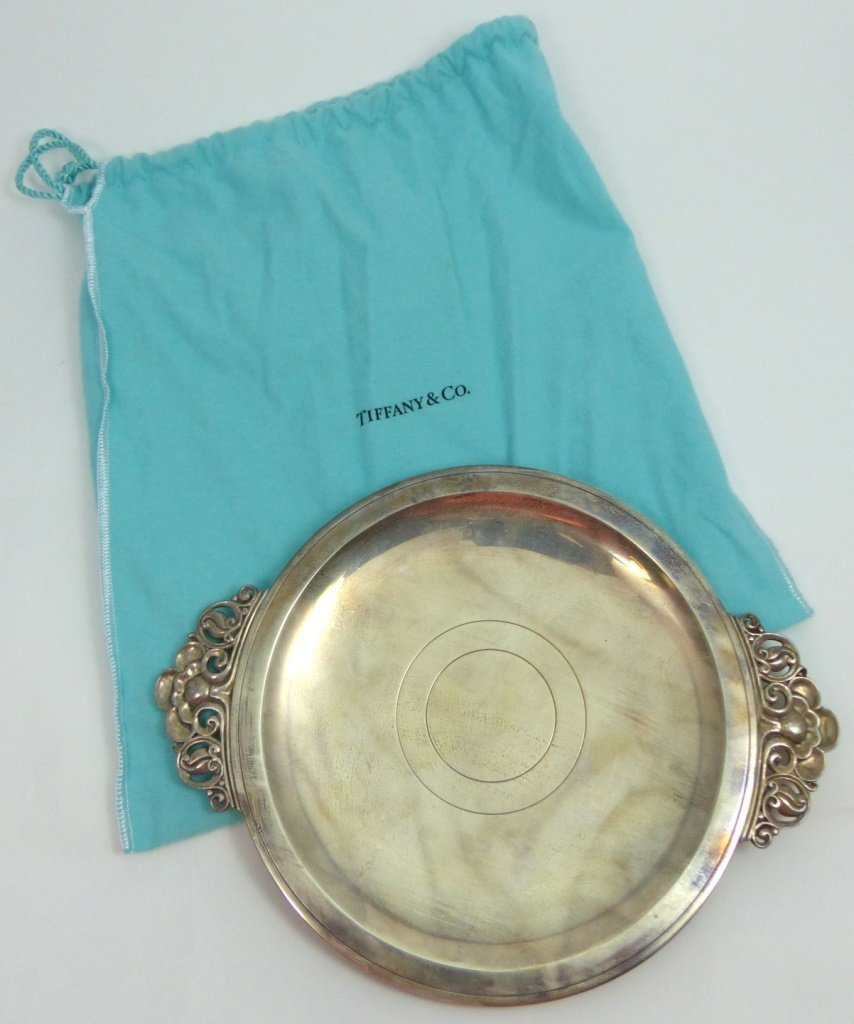 TIFFANY & CO STERLING SILVER ROUND HANDLED TRAY