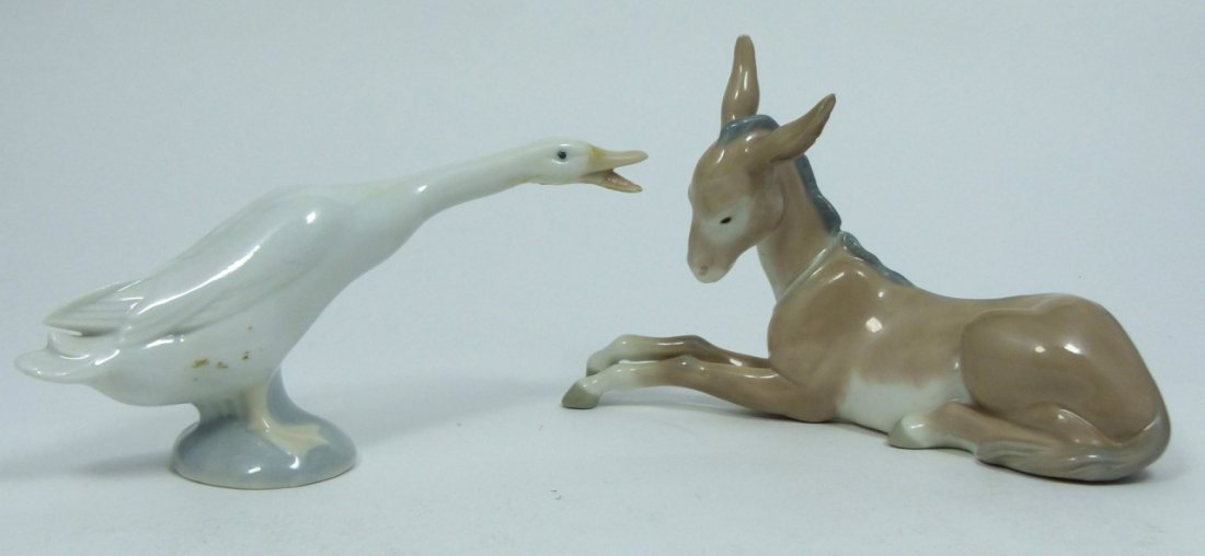2pc LLADRO PORCELAIN ANIMAL FIGURINES