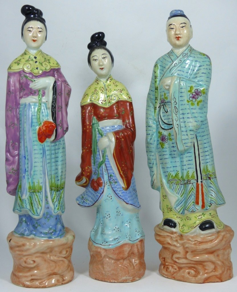 3pc CHINESE PORCELAIN PAINTED FIGURES - 5