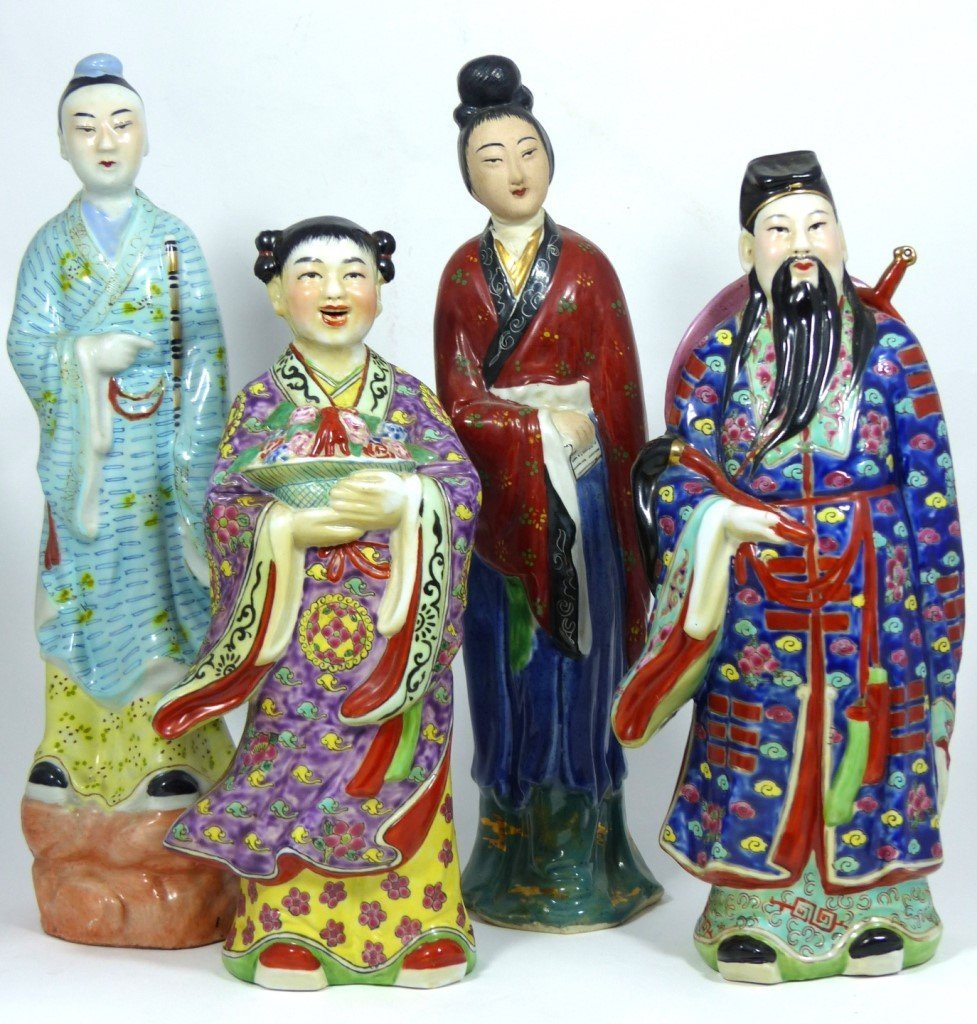 4pc CHINESE PORCELAIN PAINTED FIGURES