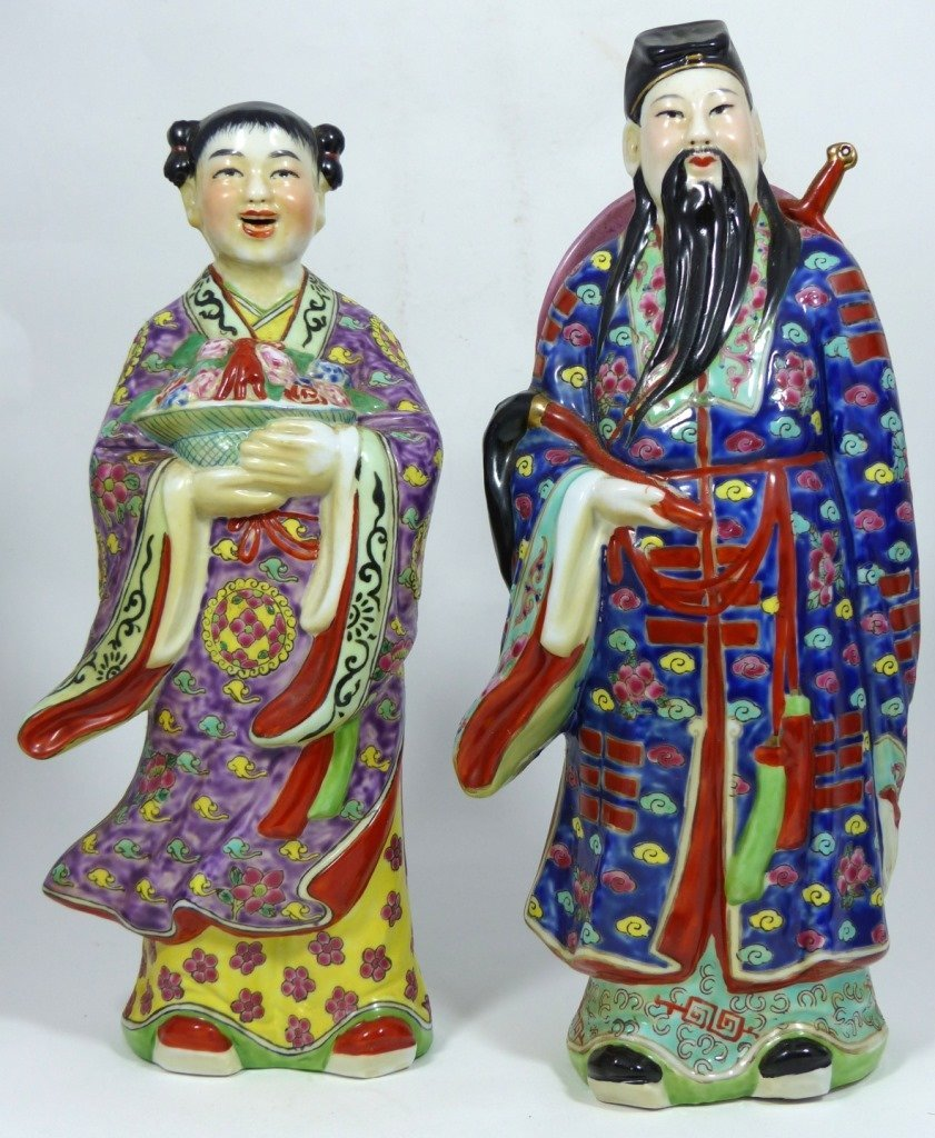 4pc CHINESE PORCELAIN PAINTED FIGURES - 5
