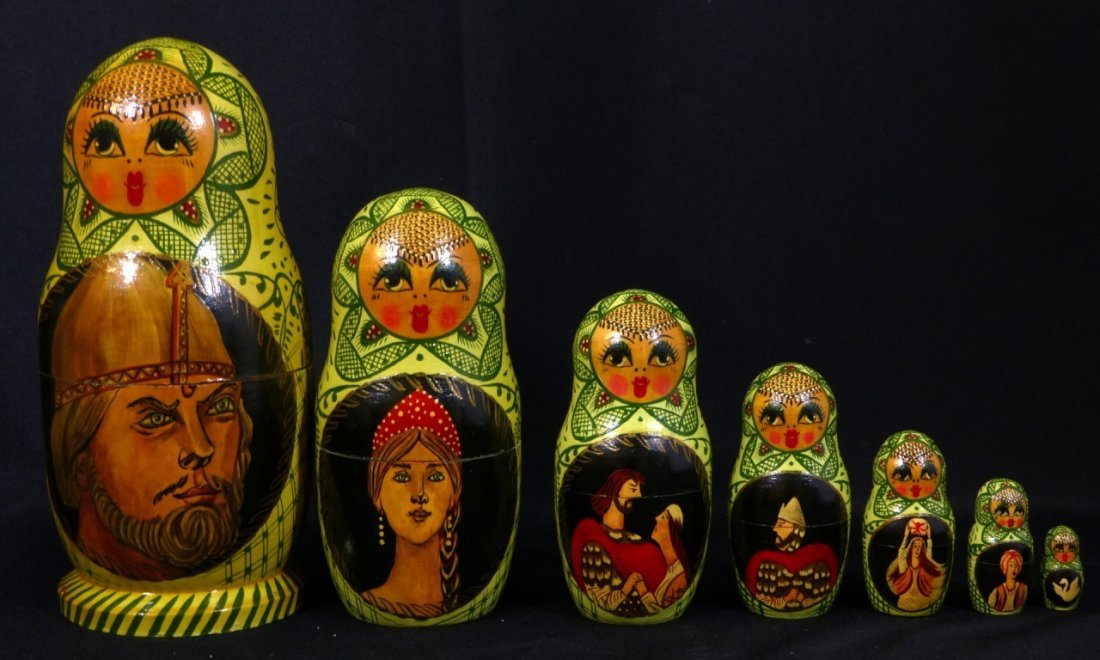 5pc RUSSIAN SIGNED HAND PAINTED NESTING DOLLS - 7