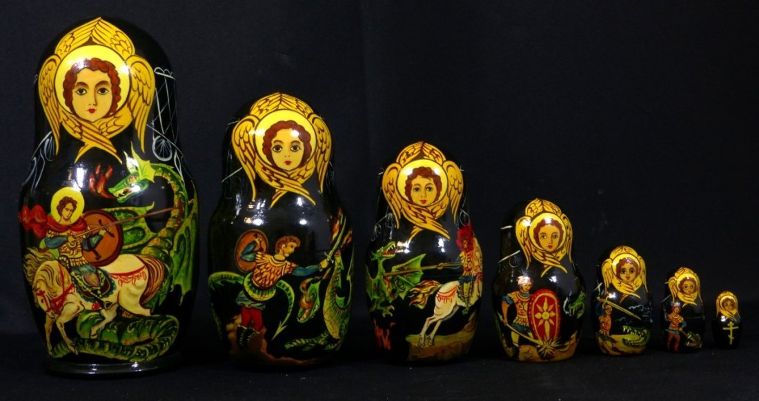 5pc RUSSIAN SIGNED HAND PAINTED NESTING DOLLS - 8