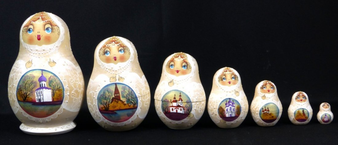 5pc RUSSIAN SIGNED HAND PAINTED NESTING DOLLS - 9