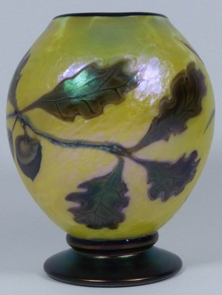 ORIENT & FLUME ART GLASS VASE - 9