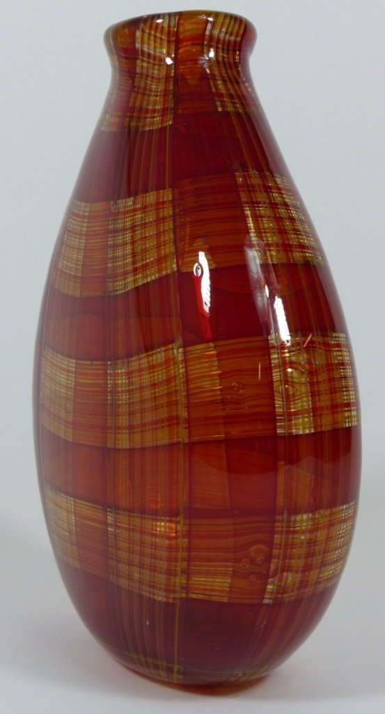 ROBIN MIX STYLE ART GLASS RED PLAID VASE - 3