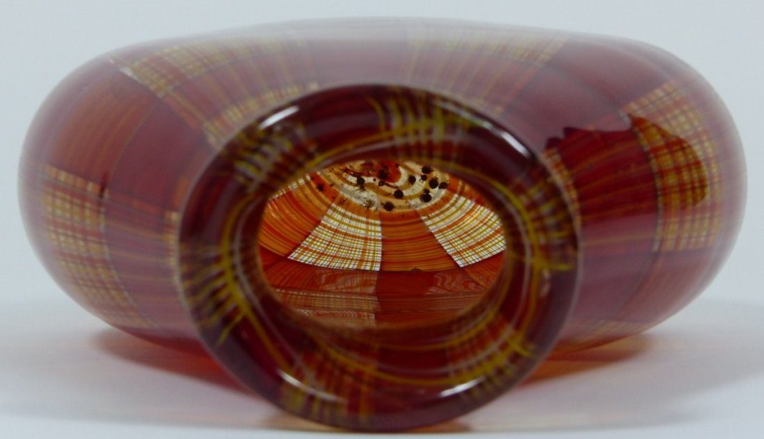 ROBIN MIX STYLE ART GLASS RED PLAID VASE - 7