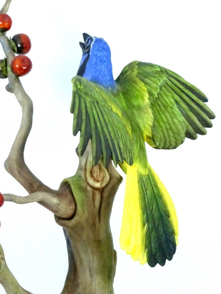 """BOEHM LIMITED EDITION """"GREEN JAYES"""" FIGURINE - 6"""