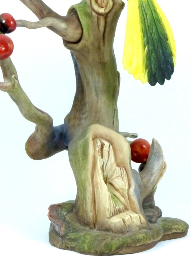 """BOEHM LIMITED EDITION """"GREEN JAYES"""" FIGURINE - 7"""