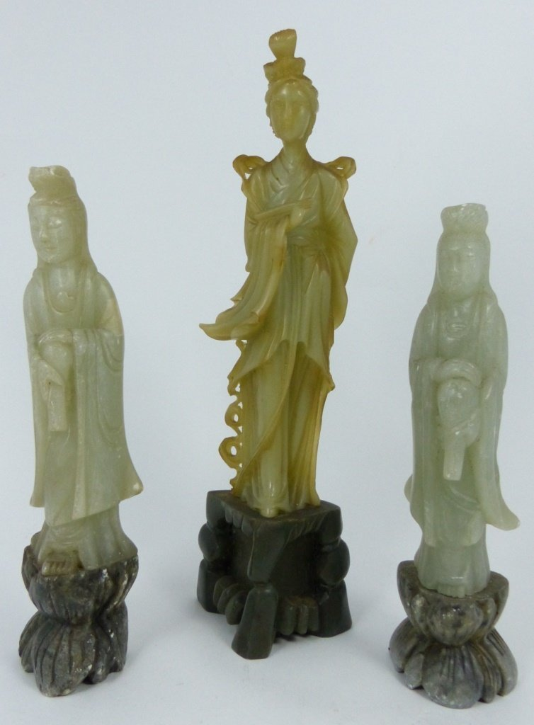 9pc CHINESE SOAPSTONE CARVINGS - 2