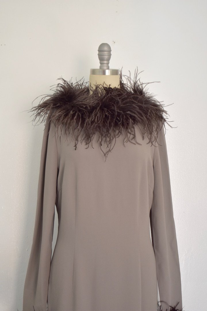 Valentino Miss V Never Worn Taupe Ostrich Faux Feather - 4