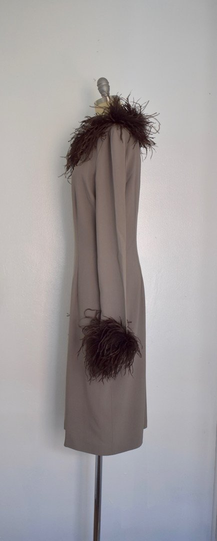 Valentino Miss V Never Worn Taupe Ostrich Faux Feather - 5