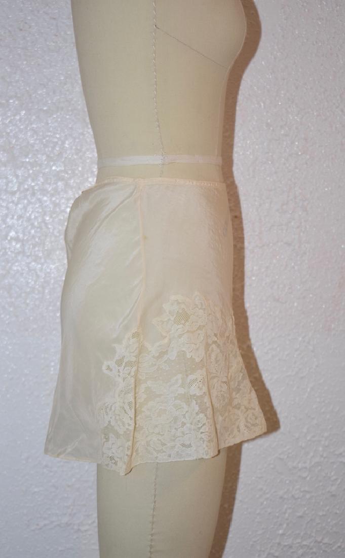 Vintage Silk Lace Ivory Undies - 4