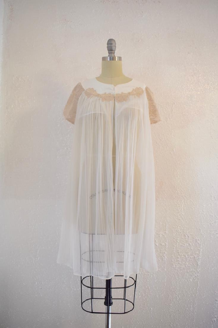 Vintage 1970s White Brown Lace Nylon Nightgown Top