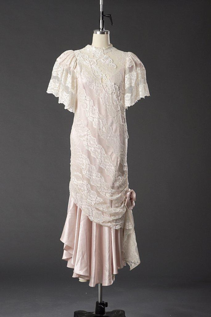 Vintage 1950 Lace White/ Pink Wedding Dress/ Formal