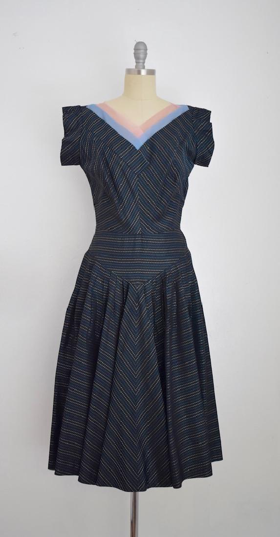 Vintage 1950s Dark Navy Blue/Black Taffeta Two tones